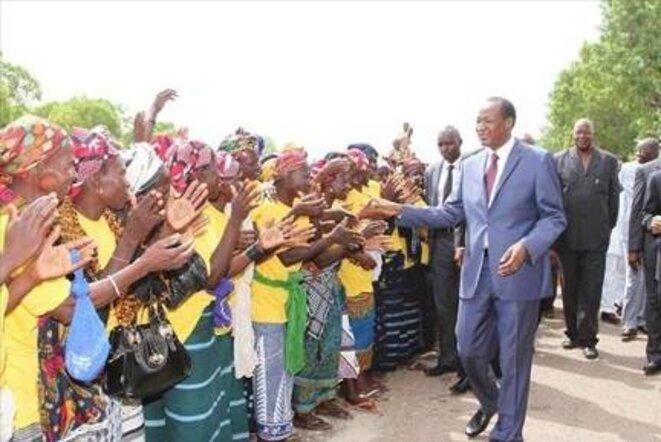 Bain de foule de Blaise Compaoré en mai 2014 © Ouaga.com