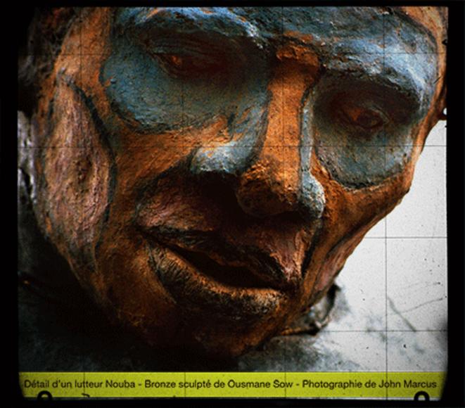 Lutteur debout, Série Nouba - Bronze (détail) © John Marcus, 1999
