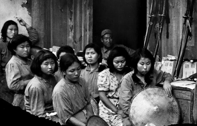 """Quelques """"femmes de réconfort"""" dans les bordels gérés par les Japonais © (DR)"""