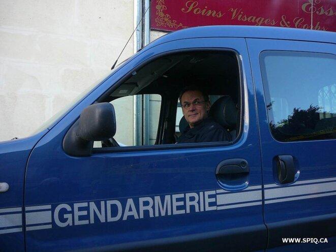 Et lorsqu'on est copain avec les Gendarmes on peut se faire prendre en photo dans leur véhicule!