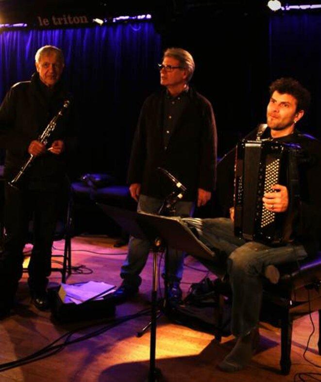 Michel Portal, Richard Copans et Vincent Peirani en séance d'enregistrement au Triton © Le Triton