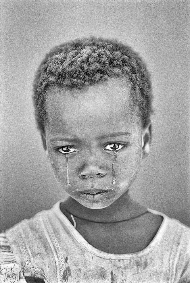 Nostra Bamnina delle lacrime © Pino Bertelli