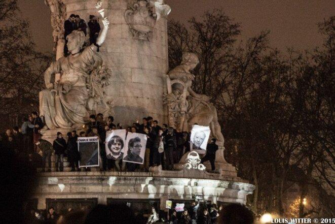 Portraits des dessinateurs tués à Charlie Hebdo, Place de la République © Louis Witter