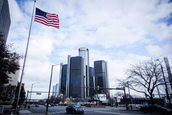 Le Renaissance Center, construit par General Motors, a ouvert ses portes en 1977 et n'a pas vraiment eu l'effet escompté. © Nastasia Peteuil
