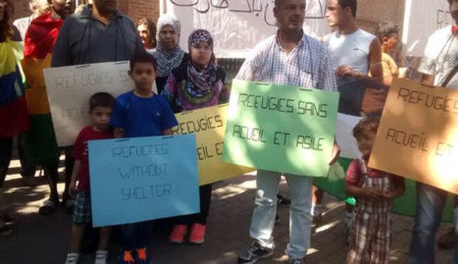 Demandantes de asilo reclaman sus derechos en la capital española, 21 de julio de 2015. © infoLibre