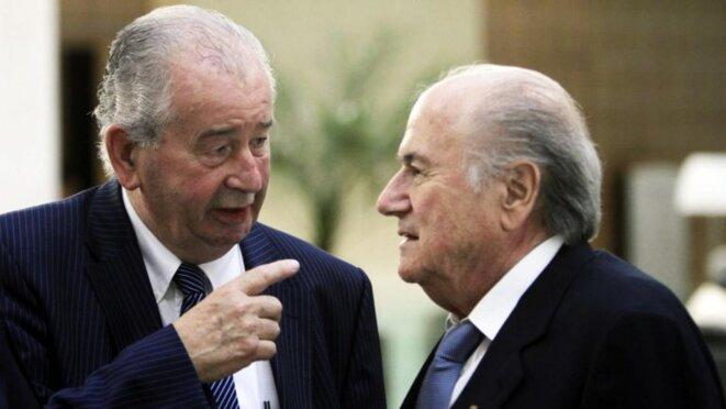 El fallecido Julio Grondona y Sepp Blatter.