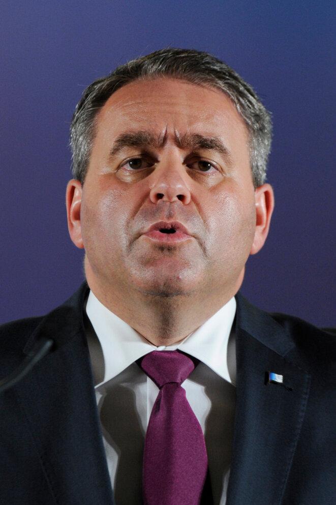 X. Bertrand