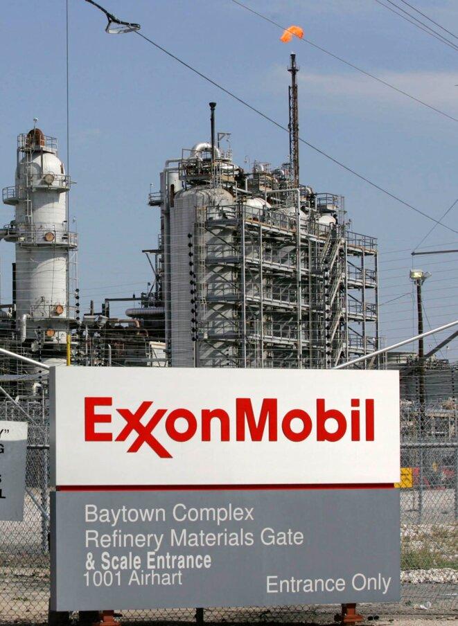 Une raffinerie d'Exxon Mobil.