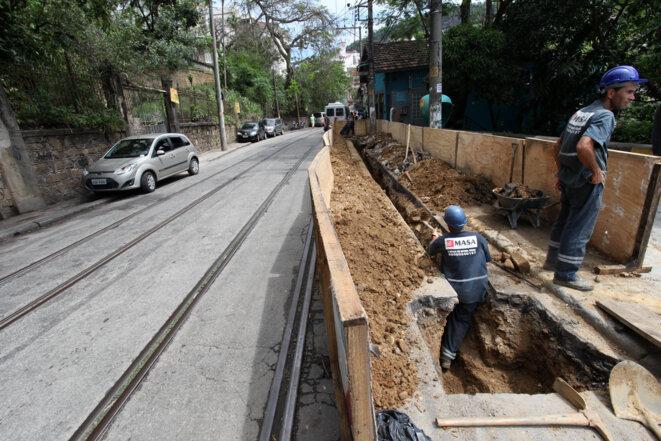 Le quartier est devenu inaccessible et il n'y a pas de prévision pour la date des travaux © André Gomes de Melo