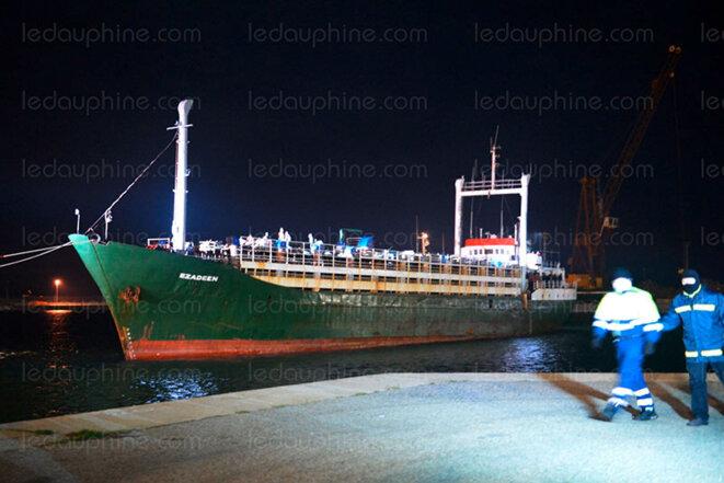 L'Ezadeen dans le port de Corigliano en janvier 2015