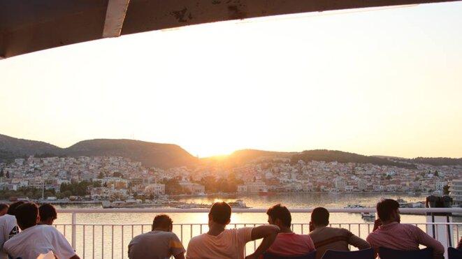 Dans le ferry pour Athènes