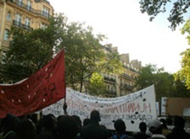 Manifestation de Bastille à République pour les migrants d'Austerlitz © Clément Detry