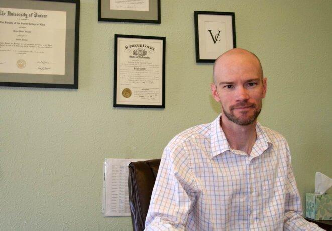 Brian Vicente, dans son bureau.