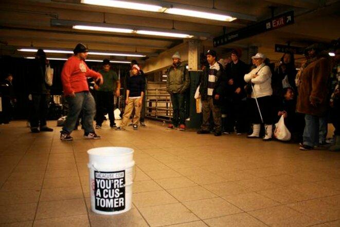 Un spectacle dans le métro, à Union Square © Iris Deroeux