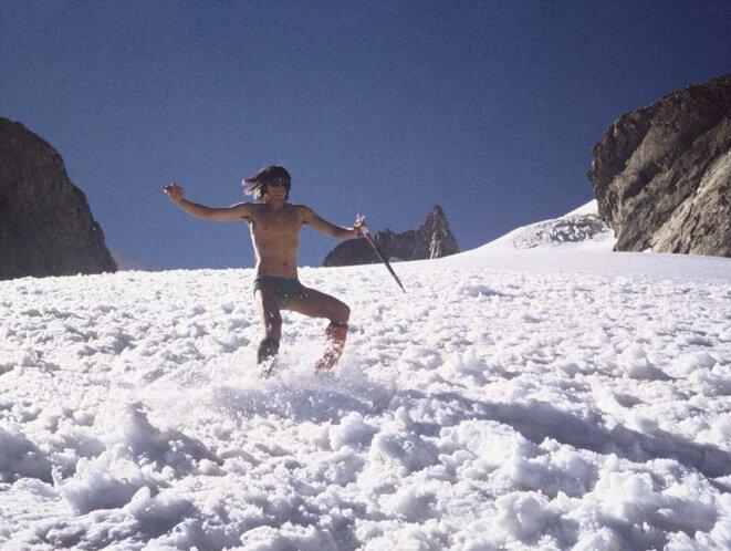 Descente du Glacier Supérieur des Agneaux © A. Chellous