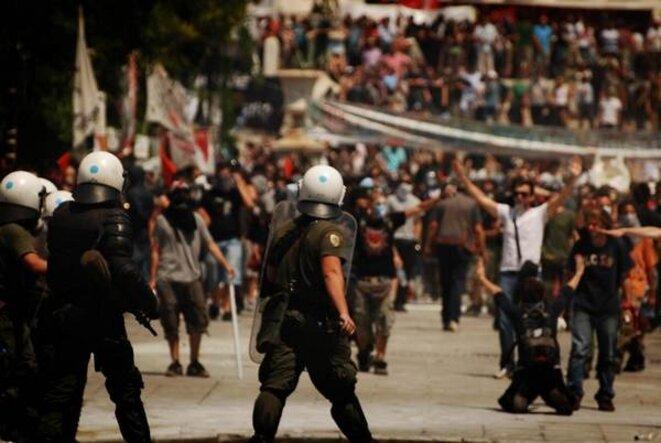 Manifestation en Grèce. © Yiannis Biliris, http://greekriots.com/