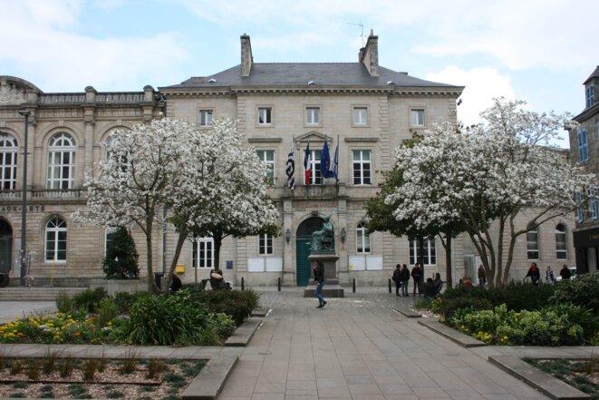 L'hôtel de ville de Quimper © L.B.