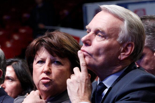 Martine Aubry et Jean-Marc Ayrault en meeting à Nantes
