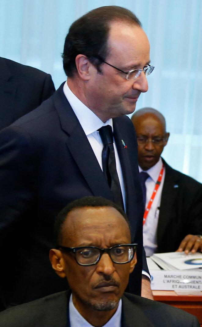 François Hollande et Paul Kagamé à Bruxelles, en 2014 © Reuters