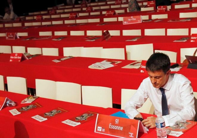 Manuel Valls au congrès du PS samedi 6 juin © Reuters