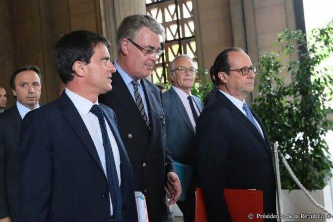 François Hollande à son arrivée lundi à la conférence sociale