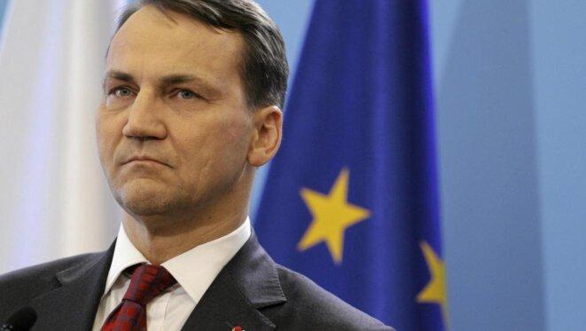 Le ministre des affaires étrangères Radosław Sikorski  © Reuters