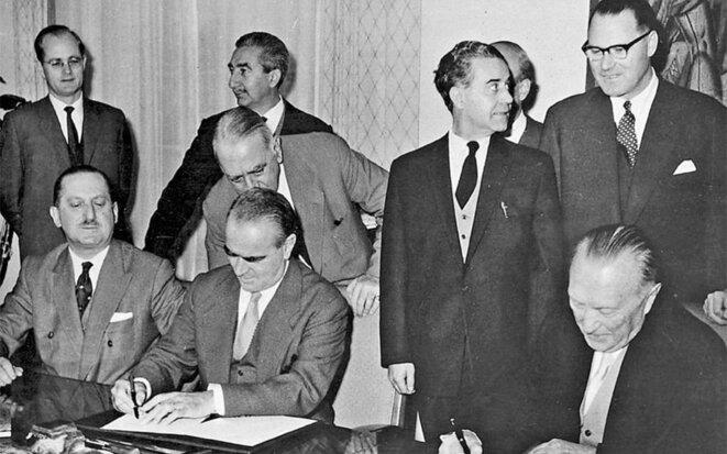 Rencontre à Bonn en 1958 entre le premier ministre grec Konstantin Karamanlis et le chancelier Konrad Adenauer © Kathimérini
