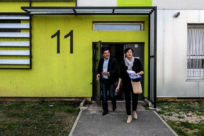 Valérie Bréard (UMP) et son binôme, Charles Khoury (UDI) à Montpellier (Hérault). © Yann Castanier
