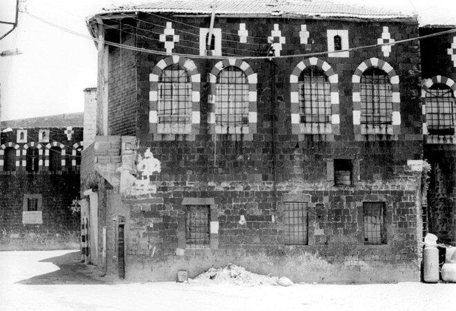 Homs, vieille ville, quartier de Bab Turkman. Maison de notables, 1991. © Thierry Boissière