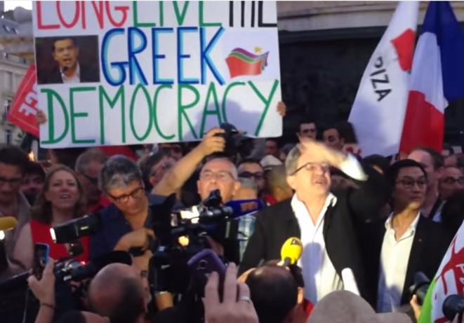jean-Luc Mélenchon à Paris, place de la république, dimanche 5 juillet 2015. © PG