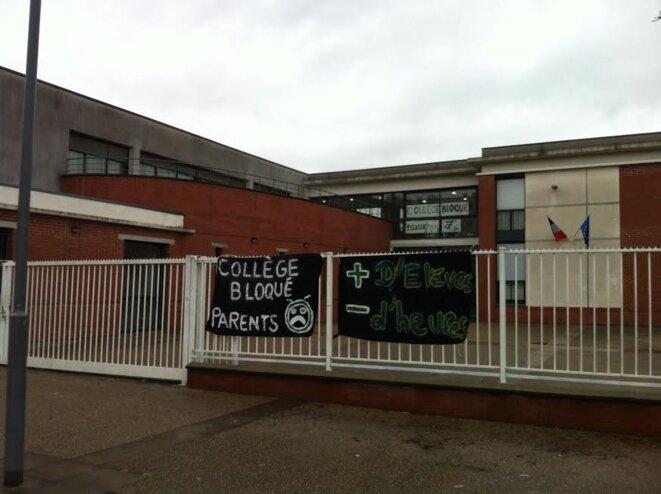 Le collège Victor Hugo d'Aulnay-sous-Bois bloqué