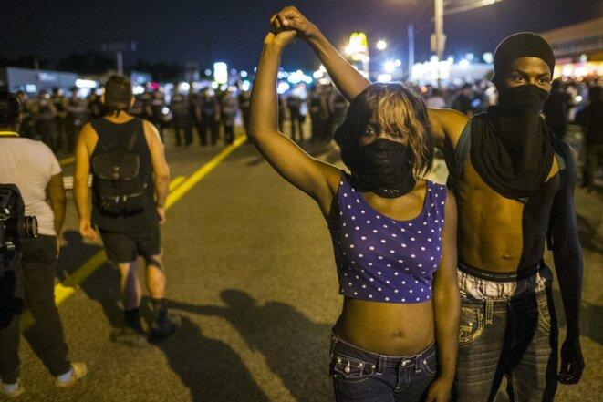 Dans la nuit du 10 au 11 août à Ferguson (Missouri). © Reuters
