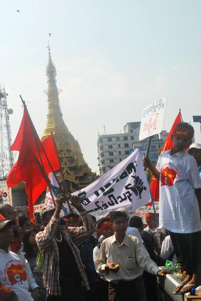 Manifestation étudiante à Rangoun, le 8 février 2015. © Camille Tang Quynh.