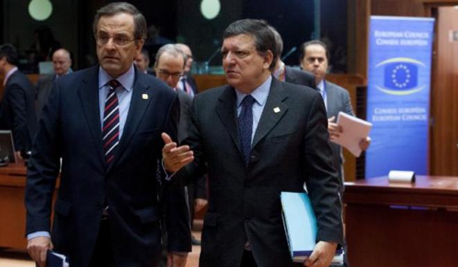 Le premier ministre grec Antónis Samarás et José Manuel Barroso, président de la commission européenne, le 19 décembre 2013 © CE