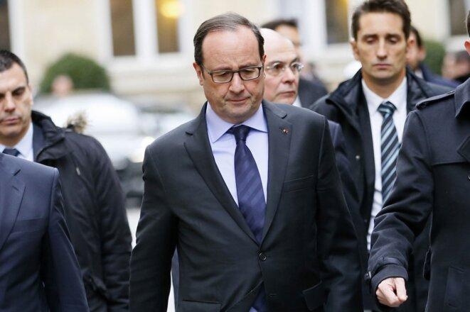 Hollande quittant l'Elysée le 9 janvier 2015