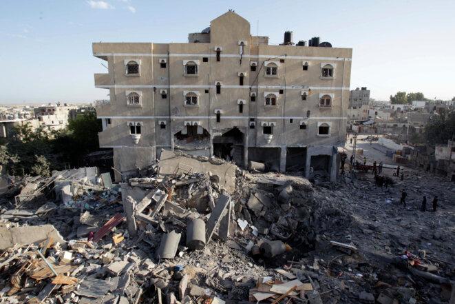Immeuble détruit par un raid israélien à Rafah