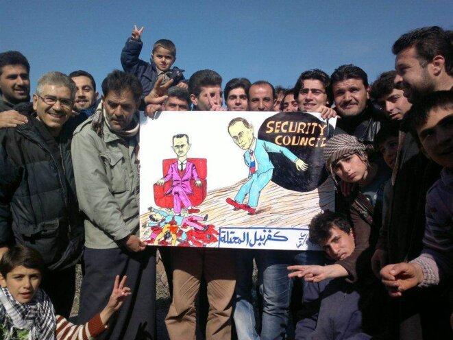 manifestation le lendemain du vote au conseil de sécurité à Kfarnebel dans la région de Idlib au nord