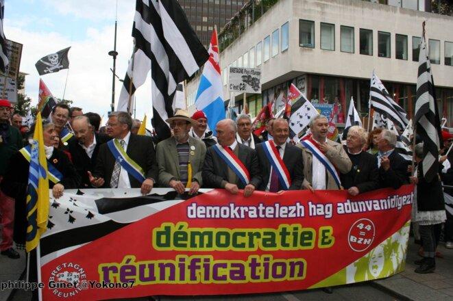 Manif pour la réunification de la Bretagne. Nantes. 19 avril 2014 © Philippe Ginet @Yokono7