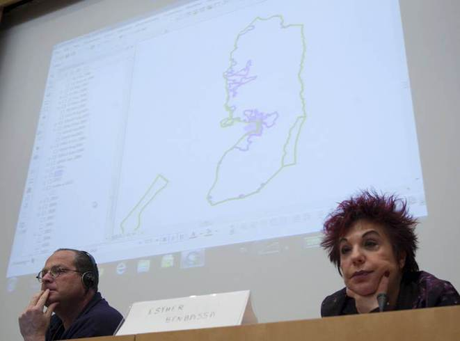 Dror Etkes et la Sénatrice Esther Benbassa sur la colonisation.