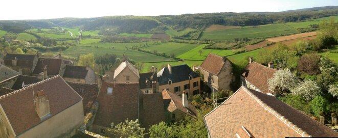 Vue depuis le bureau de Max-Pol Fouchet à Vézelay © AD