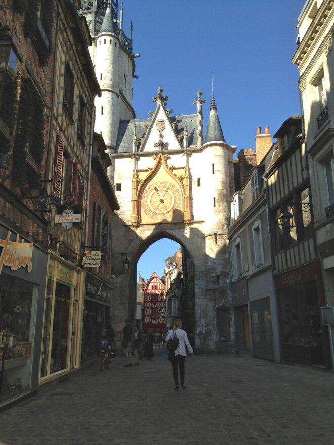 Auxerre, la Tour de l'Horloge. © AD
