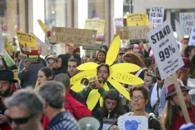 10 000 manifestants de tous âges contre les « 1% ».
