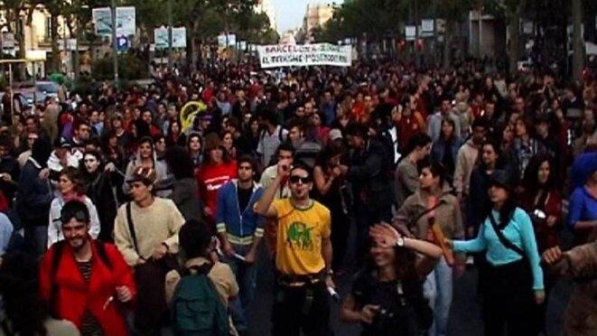 Manifestation contre la spéculation immobilière à Barcelone à l'initiative d'« Okupa ».