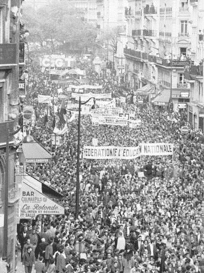 Manifestation du 13 mai 1968, à Paris. L'oligarchie n'a toujours pas digéré les évènements de Mai 68...