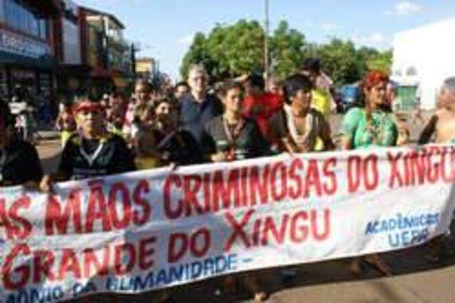 Les Indiens d'Amazonie sont fermement opposés aux barrages. © Prelazia do Xingu