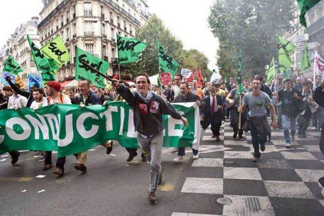 Manifestation de Solidaires, à Paris, lors du mouvement social contre la réforme des retraites par Sarkozy, en 2010