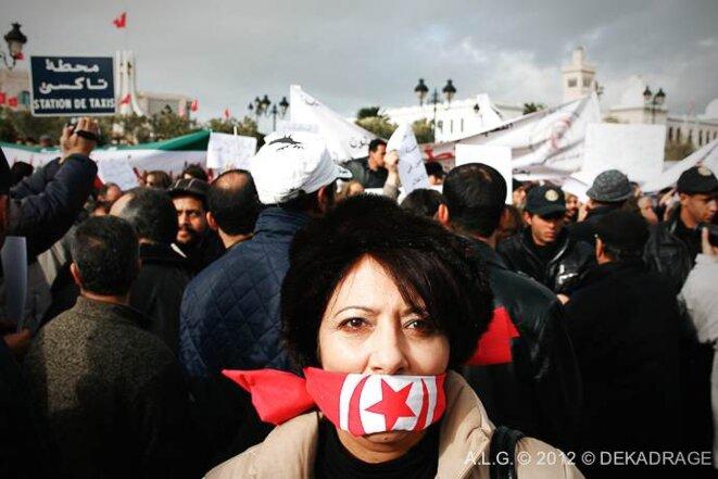 En janvier à Tunis, manifestation des journalistes tunisiens contre les nominations à la tête des medias gouvernementaux..