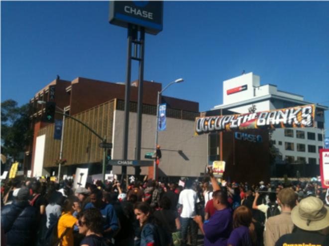De nombreux salariés ont participé à la manifestation et à l'occupation du port.