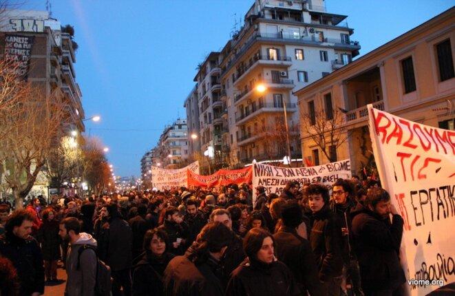 Manifestation de soutien aux travailleurs de Vio Me à Thessalonique, en février 2013
