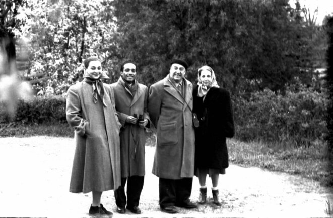 couples René et Edith Depestre, avec Pablo Neruda et sa compagne Delia del Carril. (probablement hiver 1951/52). © (c) Fondation Jorge Amado, Bahia. photo publiée ici pour la première fois.